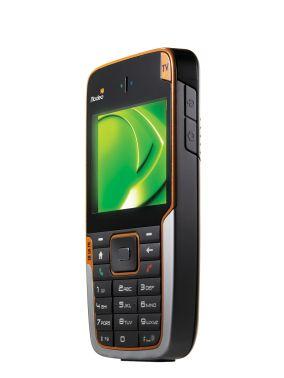 Telefon komórkowy Modeo HTC z modułem odbiorczym telewizji mobilnej (DVB-H)