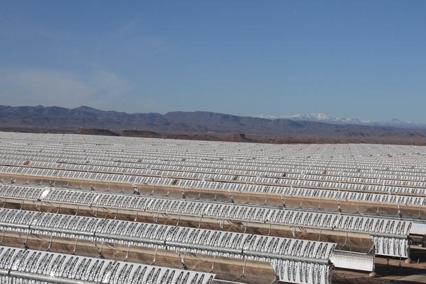 Ruszyła największa na świecie elektrownia słoneczna