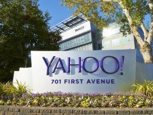 Yahoo przejęte przez Verizon