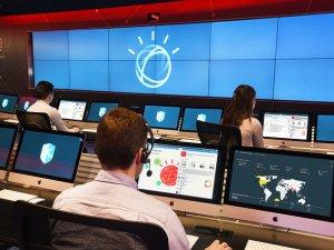 Przetwarzanie poznawcze wkracza do centrów zarządzania bezpieczeństwem w sieci