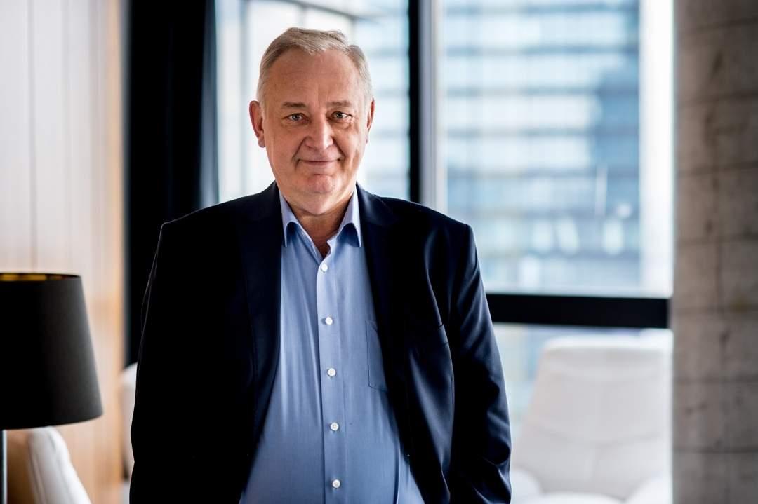 Krzysztof Surgowt, prezes firmy CryptoMind uważa, że dzięki chmurze IBM jego firma gwarantuje sobie możliwość realizacji usługi na całym świecie.
